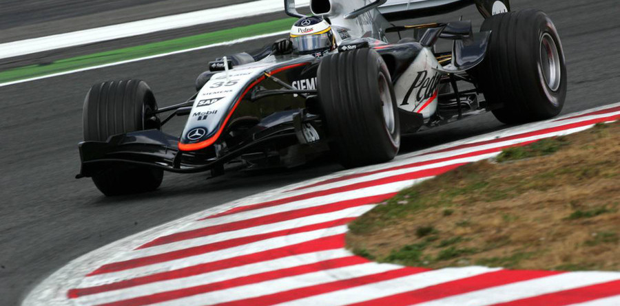 McLaren sets the pace in Turkish GP first practice