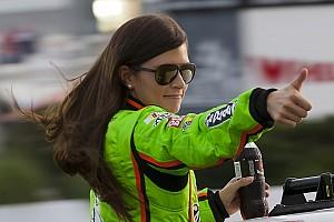 NASCAR Cup Самое интересное Последняя гонка NASCAR. Какой была карьера Даники Патрик в сток-карах