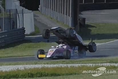Video: İtalya Formula 4 şampiyonasındaki ilginç kaza
