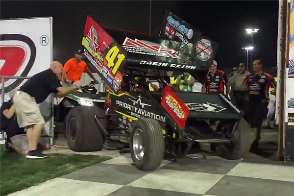 World of Outlaws Breaking news 2016 Knoxville Nationals winner Jason Johnson killed in WoO crash