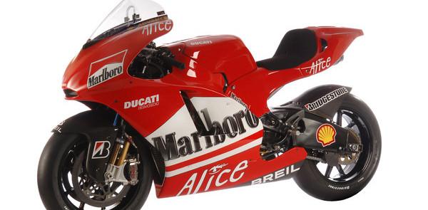 Ducati's Desmosedici GP6 sees the light