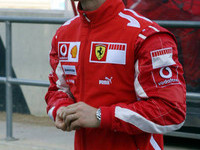 Schumacher satisfied with Ferrari progress
