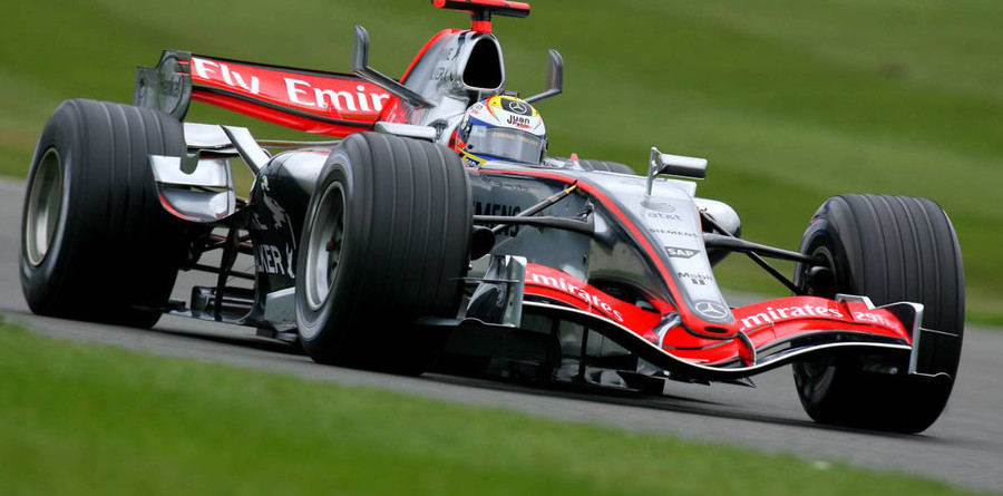 Montoya leads at Silverstone day one