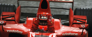 Formula 1 Schumacher takes points lead with China victory