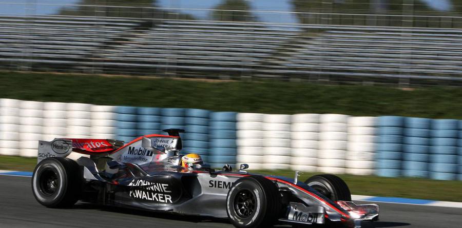 Hamilton takes over at Jerez test
