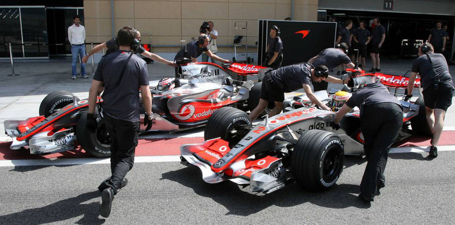 McLaren shines on last day at Bahrain