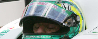 IndyCar Kanaan takes second strike in Sunday Indy practice