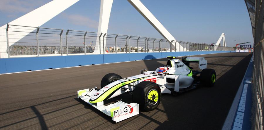 Urban Formula One racing in Valencia