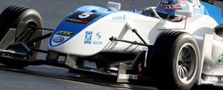 F3 Mortara claims provisional pole at Macau GP