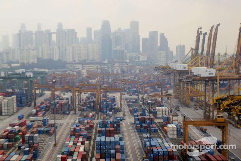 Singapore Worried About Smoke Haze For GP