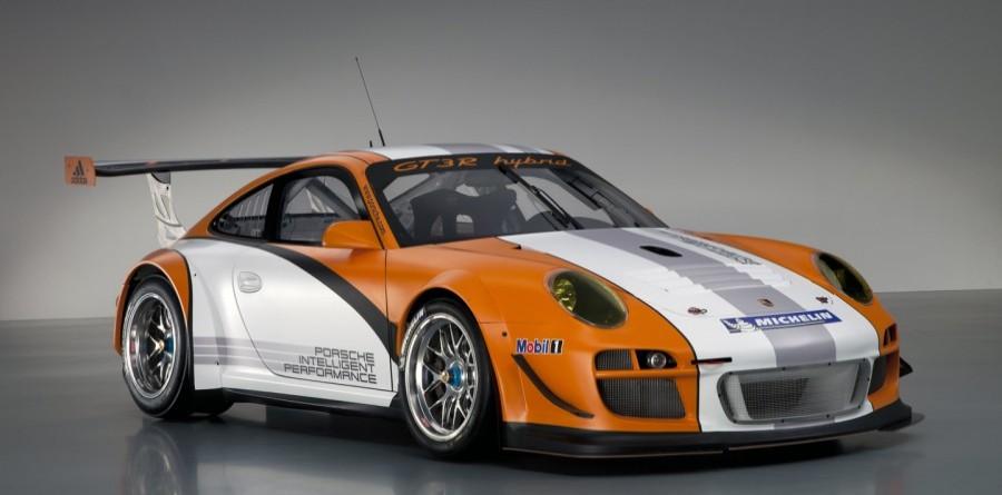 Porsche to debut newest Hybrid at Laguna Seca