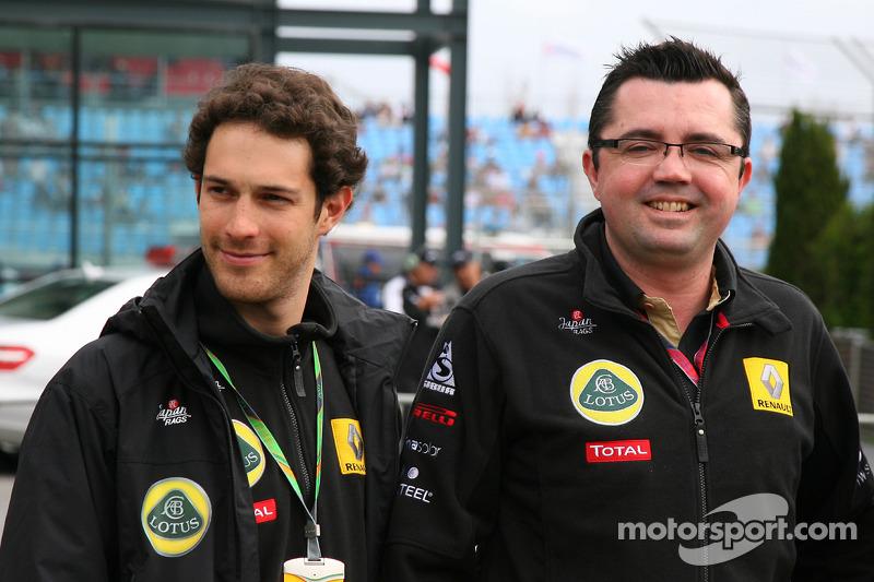 Heidfeld settles, Renault confirms Senna for 2011