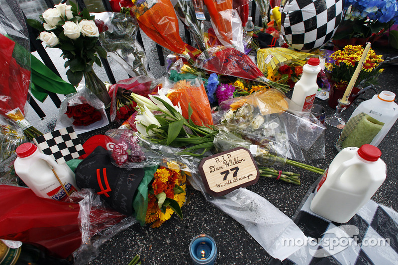 Family of Dan Wheldon announces funeral arrangements