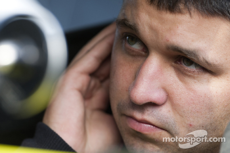 MacDonald Motorsports signs Sorenson for rest of 2011 season