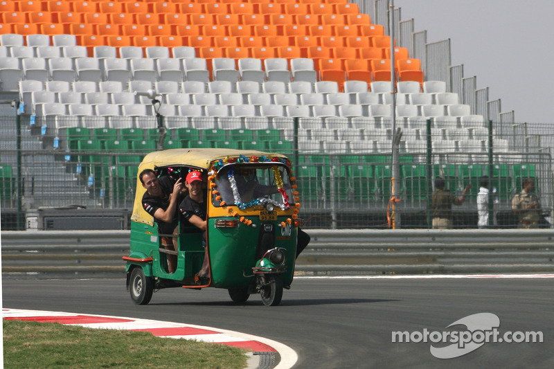 Formula One world adjusts to new surroundings in India
