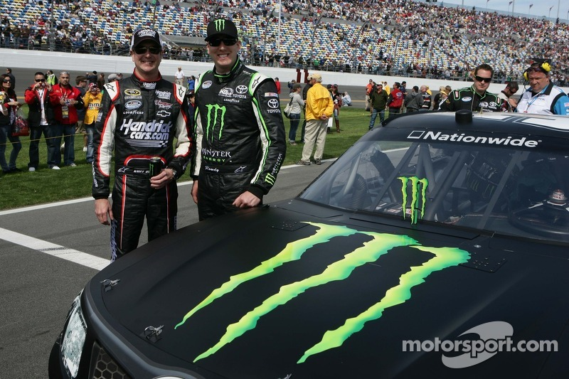 Kyle Busch searching for repeat success at Phoenix