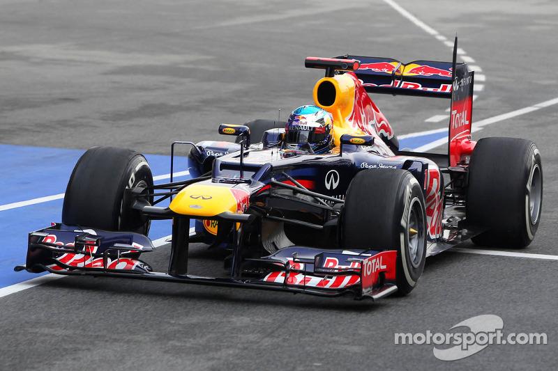 Ferrari says Red Bull 'half a second ahead'