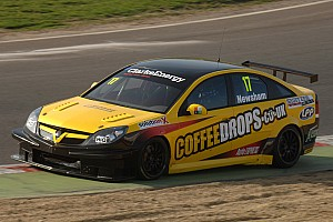 BTCC Team ES Racing ready to rock Brands Hatch