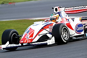 F2 Luciano Bacheta wins thrilling Silverstone opener