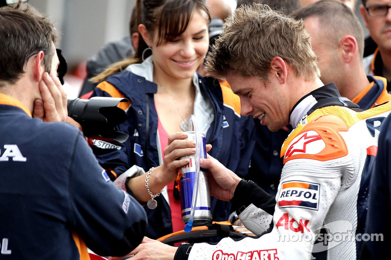 Stoner and Pedrosa shine in wet German GP qualifying session