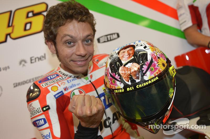 Valentino Rossi's New Helmet Design