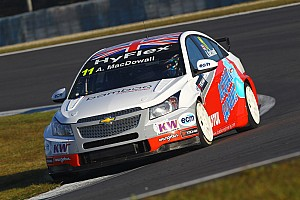 WTCC Race report Fifth independents podium of season for MacDowall in Brazil