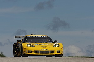 ALMS Qualifying report Corvettes qualify third and fifth in record Road America qualifying session