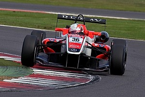 BF3 Race report Lynn finally takes maiden F3 win at Silverstone