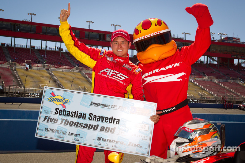 Saavedra vaults to pole in Fontana qualifying