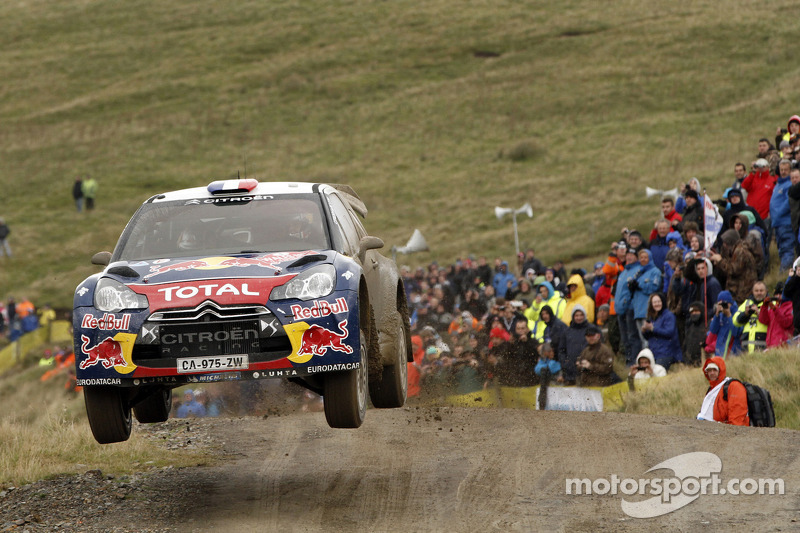 Citroën's Loeb and Hirvonen tighten their grip on the points at Wales Rally