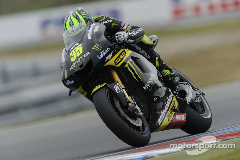 Crutchlow clinches front row at Motorland Aragon