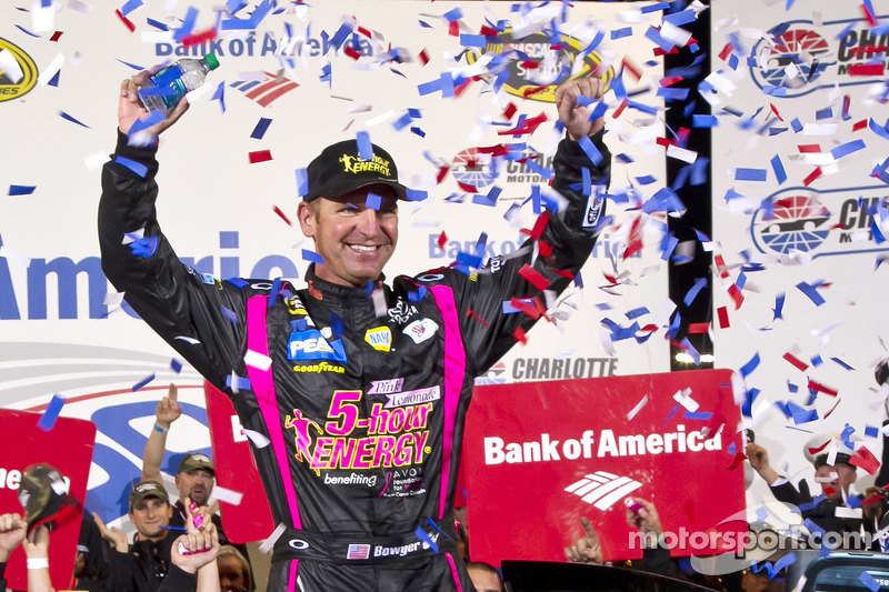 Bowyer gets back into championship contention with Charlotte 500 win