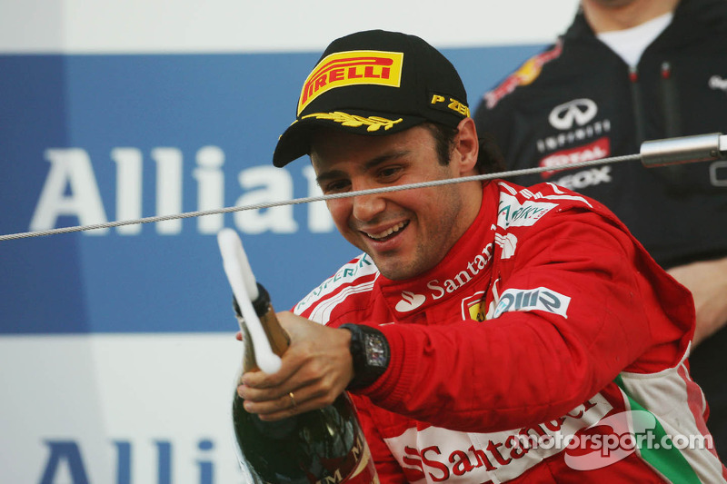Massa denies 'good mood' means new contract signed