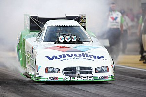 NHRA Qualifying report Beckman qualifies No. 5 despite Funny Car explosion at Pomona