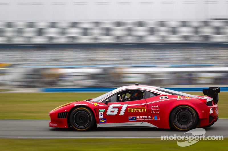 Segal debuts new R.Ferri Ferrari 458 at Daytona testing
