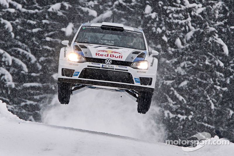 Ogier keeps Loeb at bay in Rally Sweden's second leg