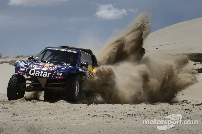 Al Attiyah eyes victory in key Desert Challenge test