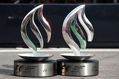 Mercedes lets Hamilton keep helmets, trophies