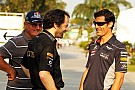Mateschitz supports Webber - father