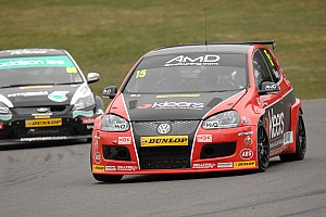 BTCC Race report Winning start for Kaye at Brands Hatch