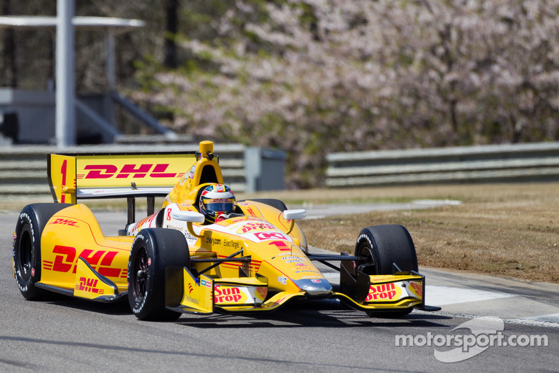 Hunter-Reay's first pole of 2013 at Barber Motorsport Park