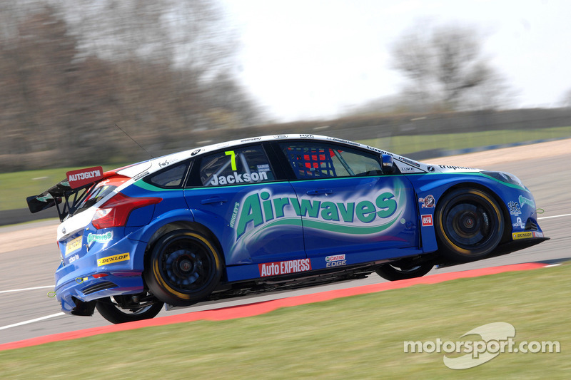 Airwaves Racing set for Thruxton thriller