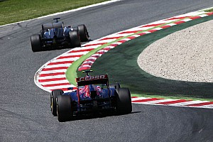 Formula 1 Race report Points for the team Toro Rosso by Ricciardo at Spain