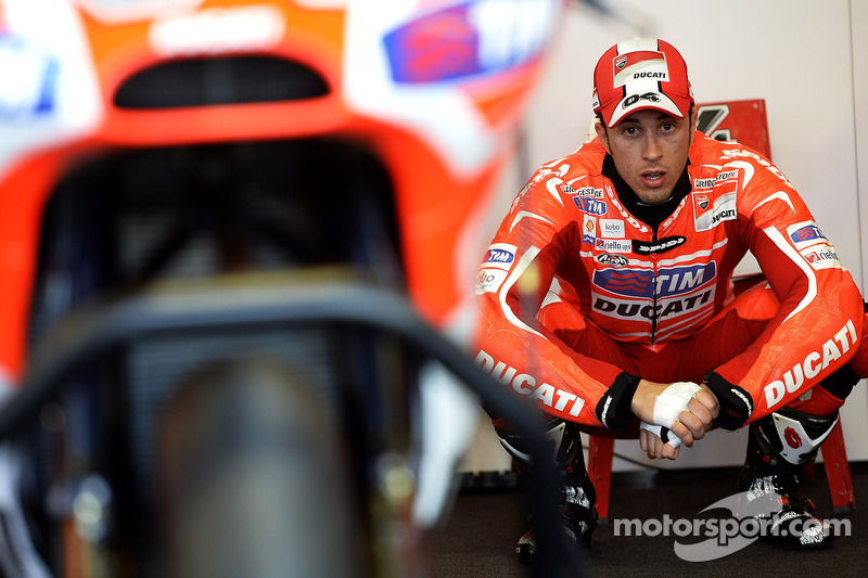 Front row for Dovizioso in French Grand Prix