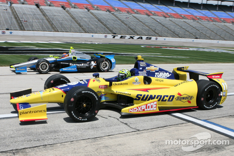 Kanaan earns a podium finish at TMS; De Silvestro penalized finishes 16th
