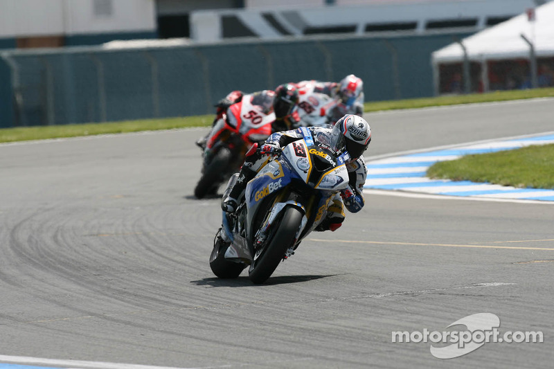Marco Melandri wins unpredictable first race in Moscow