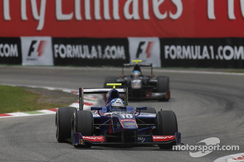 Jolyon Palmer eyes Singapore success this weekend