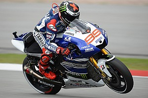 MotoGP Practice report Lorenzo shows stunning pace to lead Friday practice at Phillip Island