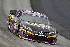 NASCAR Cup Preview Clint Bowyer heads to Martinsville