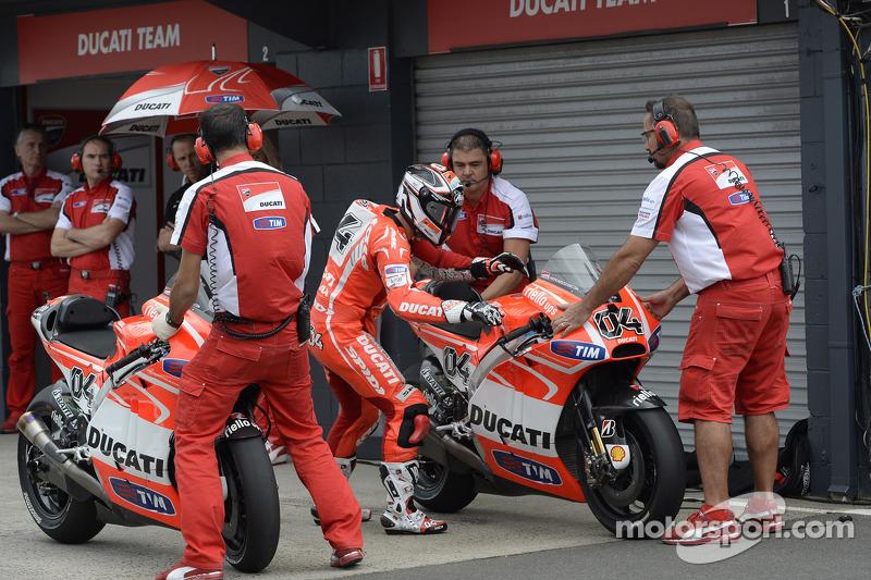 Ducati Team arrives in Japan for penultimate MotoGP round